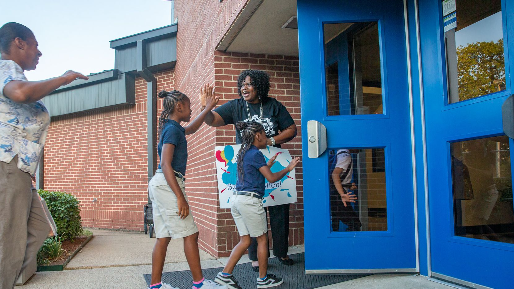"Dallas school officials plan to convert the Martin Luther King Jr. Learning Center into a ""baby Booker T"" school focused on the arts for youngsters."