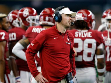 Oklahoma Sooners head coach Lincoln Riley waits for a tv timeout to be over in the second half of the Big XII Championship against the TCU Horned Frogs at AT&T Stadium in Arlington, Texas, Saturday, December 2, 2017. The Sooners defeated the Horned Frogs, 41-17. (Tom Fox/The Dallas Morning News)