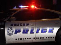 La policía investiga una balacera en el Design District.  Flashing lights  Police tape  Stock  Fire truck  DFD  DPD