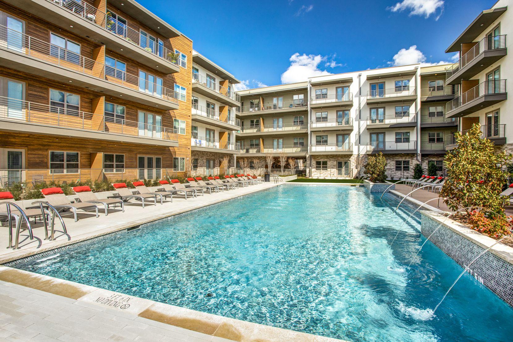 Bellevue at The Bluffs, a 473-unit apartment community near Dallas' Love Field sold.