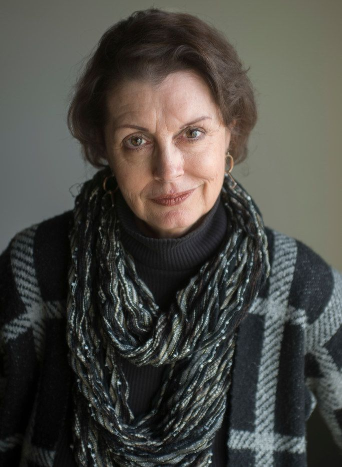 Thea Temple has run the Writer's Garret for decades and is stepping down to move to Alaska.