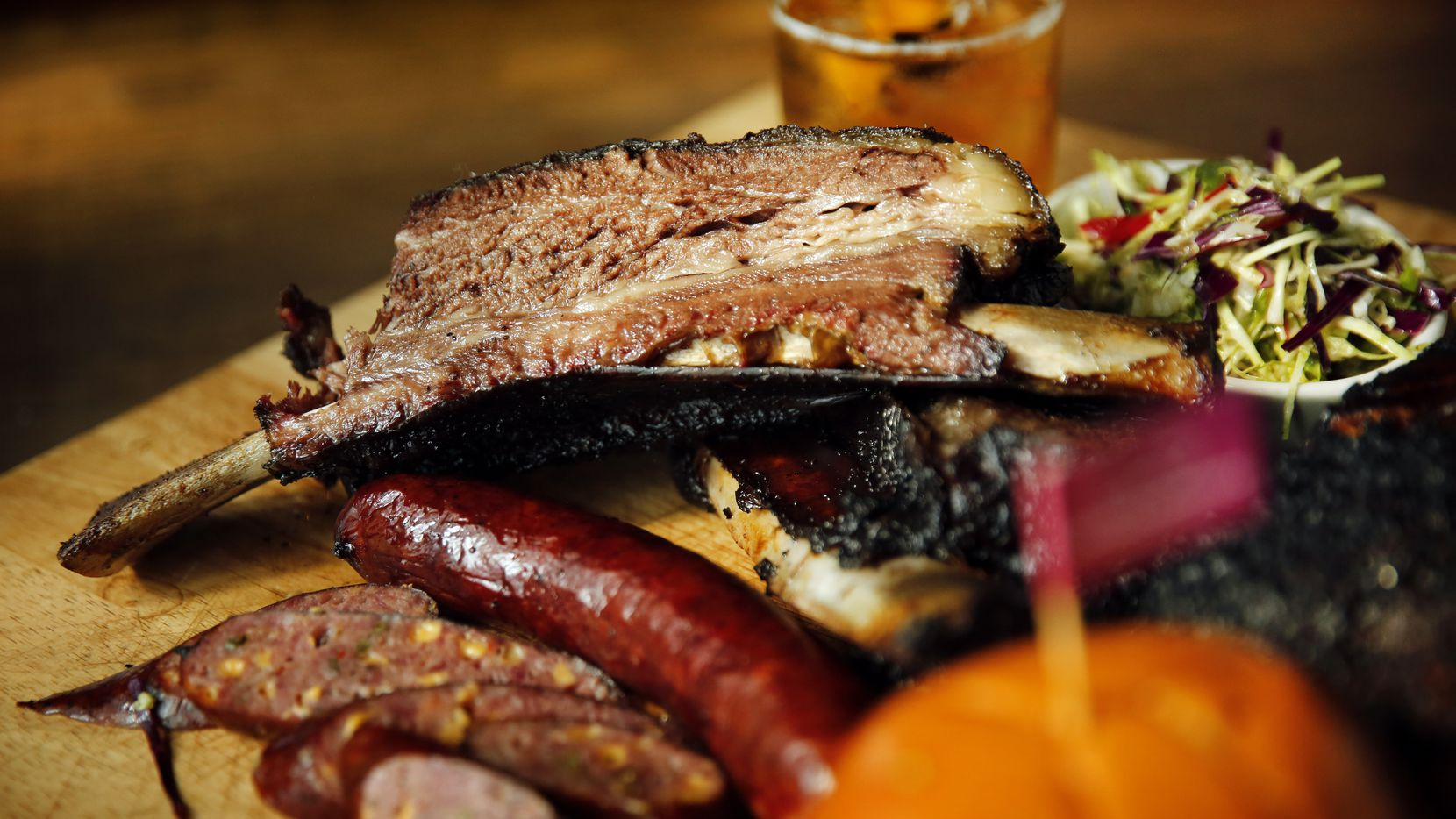 A Central Texas style barbecue joint named Oak'd is expanding to Addison and opening a beer-brewing operation. The original, on Greenville Avenue in Dallas, will remain.