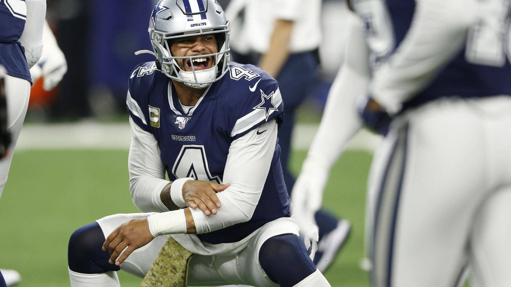 Dallas Cowboys quarterback Dak Prescott (4) greets his teammates before a game against the Minnesota Vikings in Arlington, Texas on Sunday, November 10, 2019. (Vernon Bryant/The Dallas Morning News)