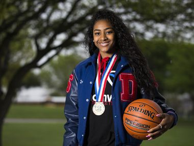 Duncanville High School girls basketball player Deja Kelly poses for a portrait on Friday, March 20, 2020 at Armstrong Park in Duncanville.