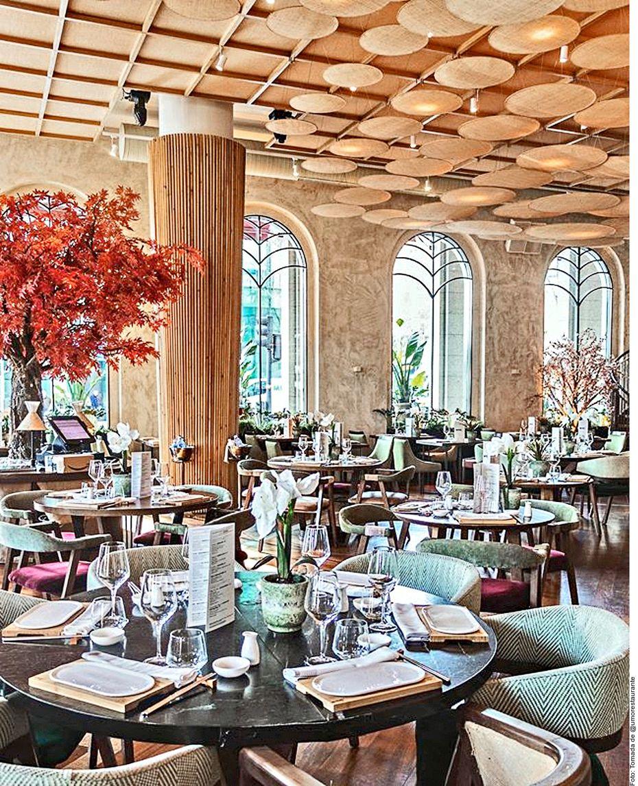 En Madrid, España, da una vuelta por Chamberí. Admira sus palacetes y casas, muchas convertidas en hoteles y restaurantes de lujo. No te pierdas el Museo Sorolla y el Restaurante Umo, un encuentro entre la gastronomía española y la nipona.