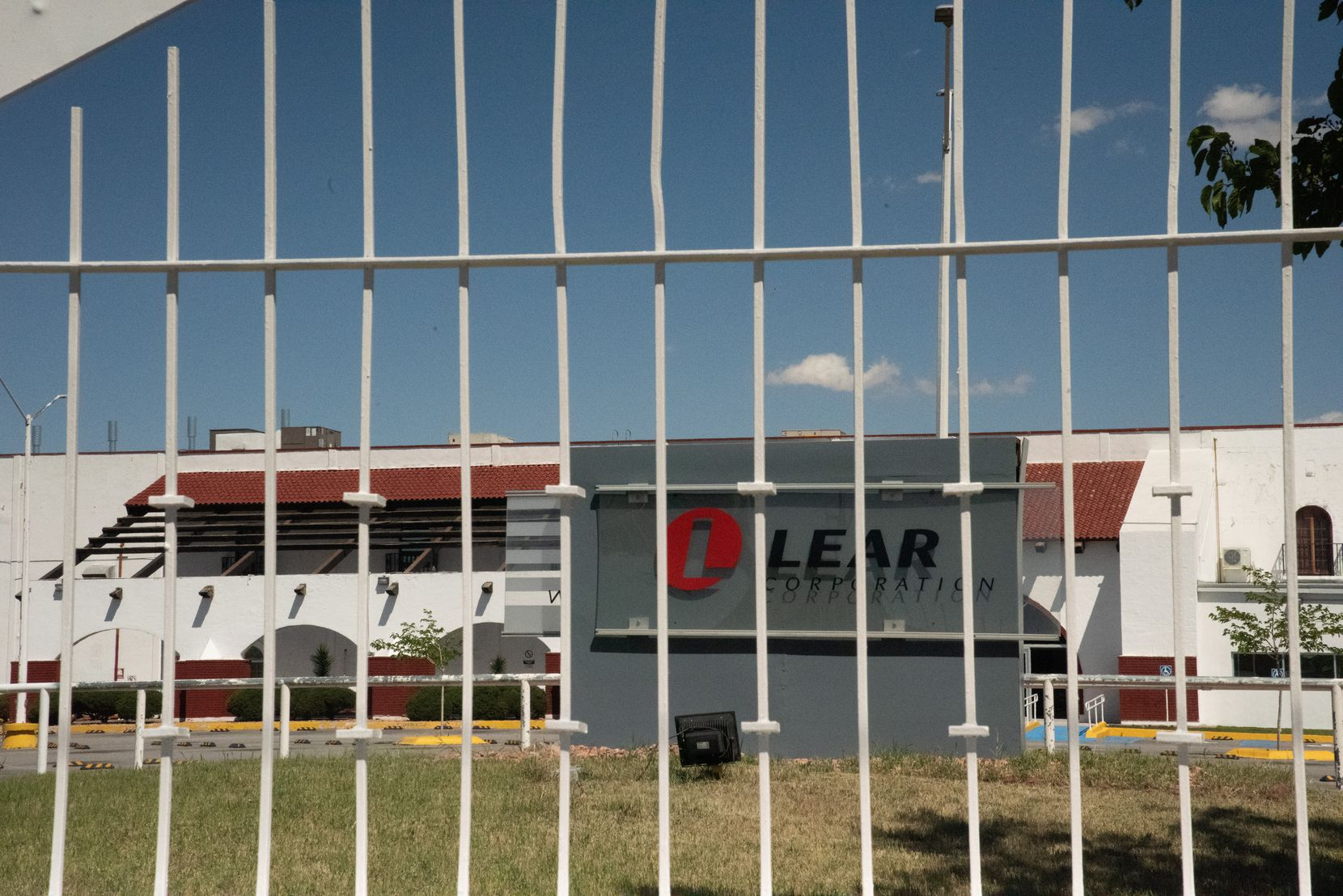 Amid the rising number of victims of COVID-19 at U.S.-owned assembly plants in Ciudad Juárez, Michigan-based Lear Corp. has been hit hard. On Tuesday, April 14, 2020, one of Lear s plants, found on the Paseo Triunfo de la Republica Avenue, is seen closed.