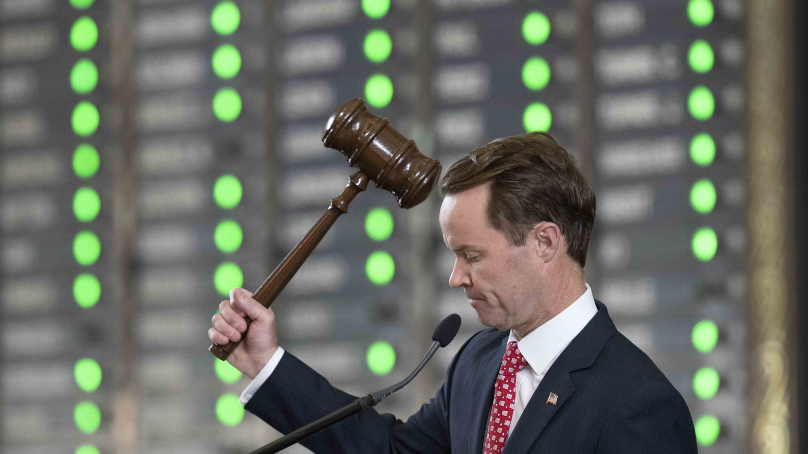 House Speaker Dade Phelan, R-Beaumont, gavels through routine procedural votes in the final minutes of the 87th legislative session that ended sine die on May 31, 2021.