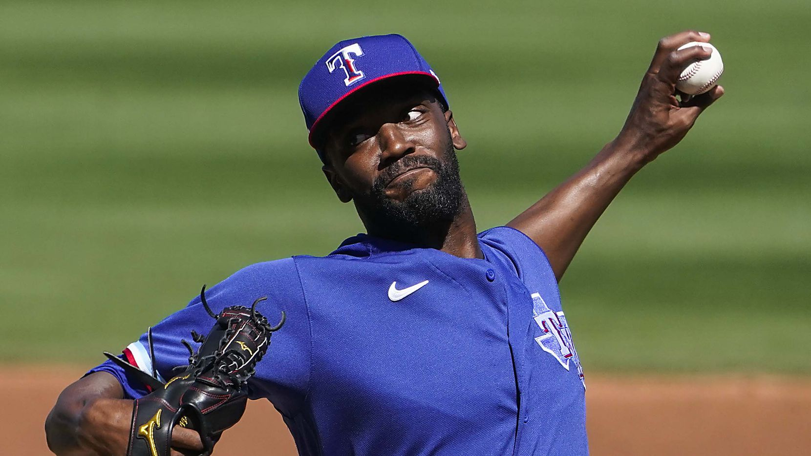 Texas Rangers pitcher Taylor Hearn delivers during the second inning of a spring training game against the Arizona Diamondbacks at Salt River Fields at Talking Stick on Saturday, March 6, 2021, in Scottsdale, Ariz.