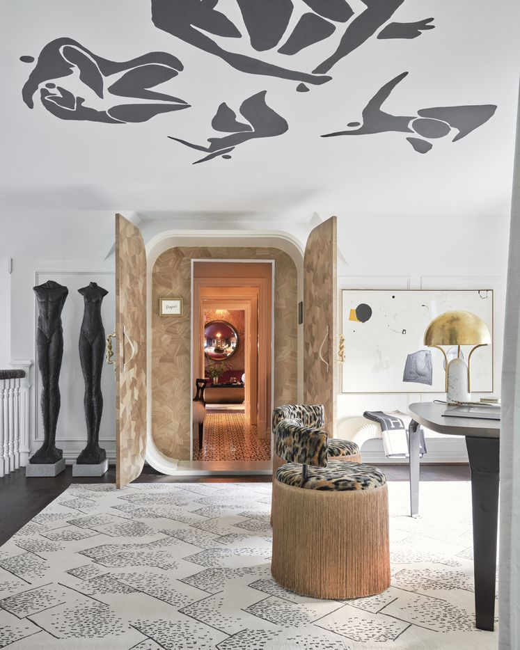 Beth Dotolo and Carolina Gentry of Pulp Design Studios created an upstairs office and lounge area with savvy businesswomen in mind. Their design for the 2021 Kips Bay Decorator Show House Dallas includes a secret lounge area accessible through a hidden passage tucked behind a custom cabinet.