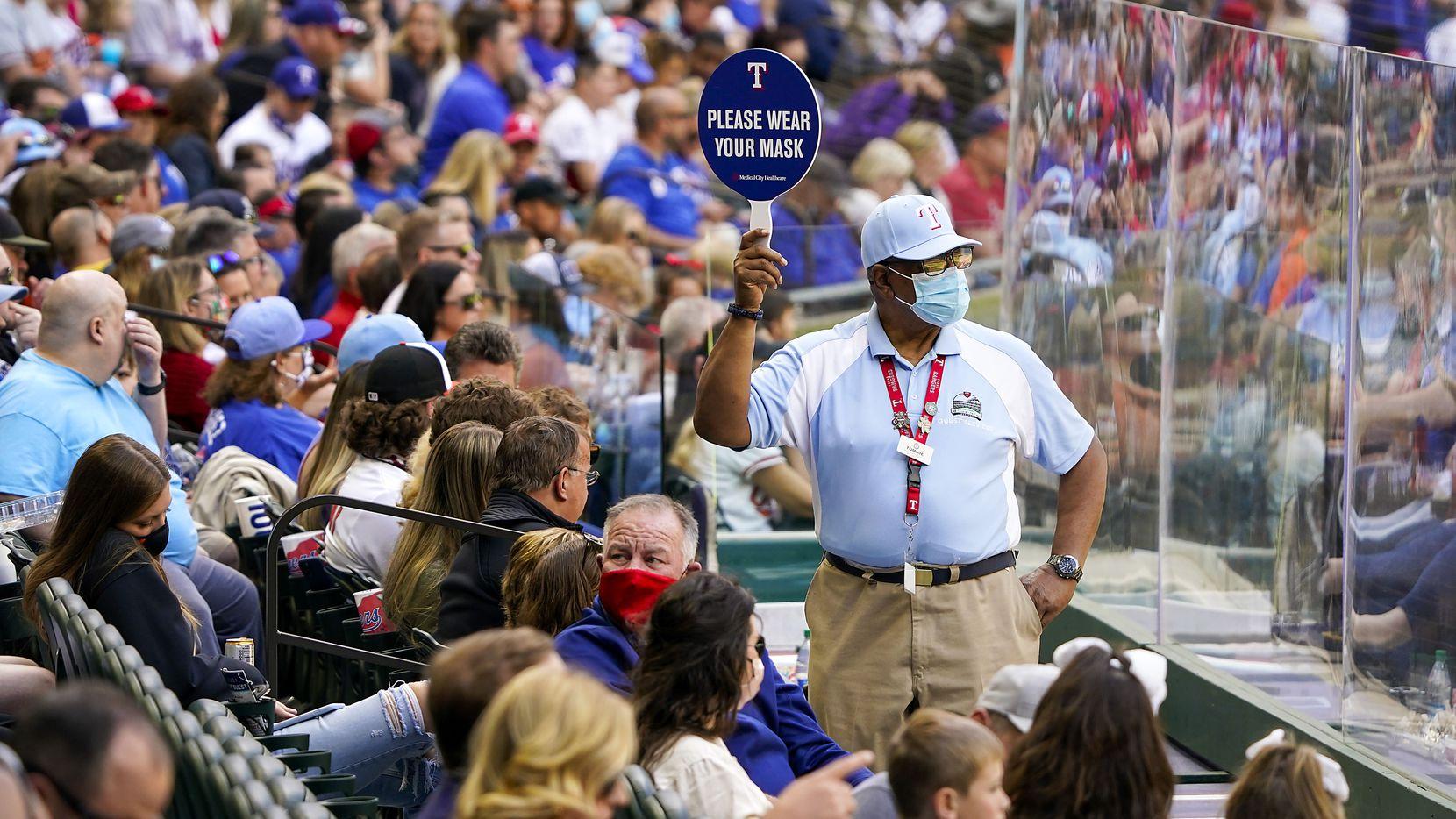 Ya no será obligatorio utilizar cubrebocas en los juegos de los Rangers de Texas en el Globe Life Field de Arlington.