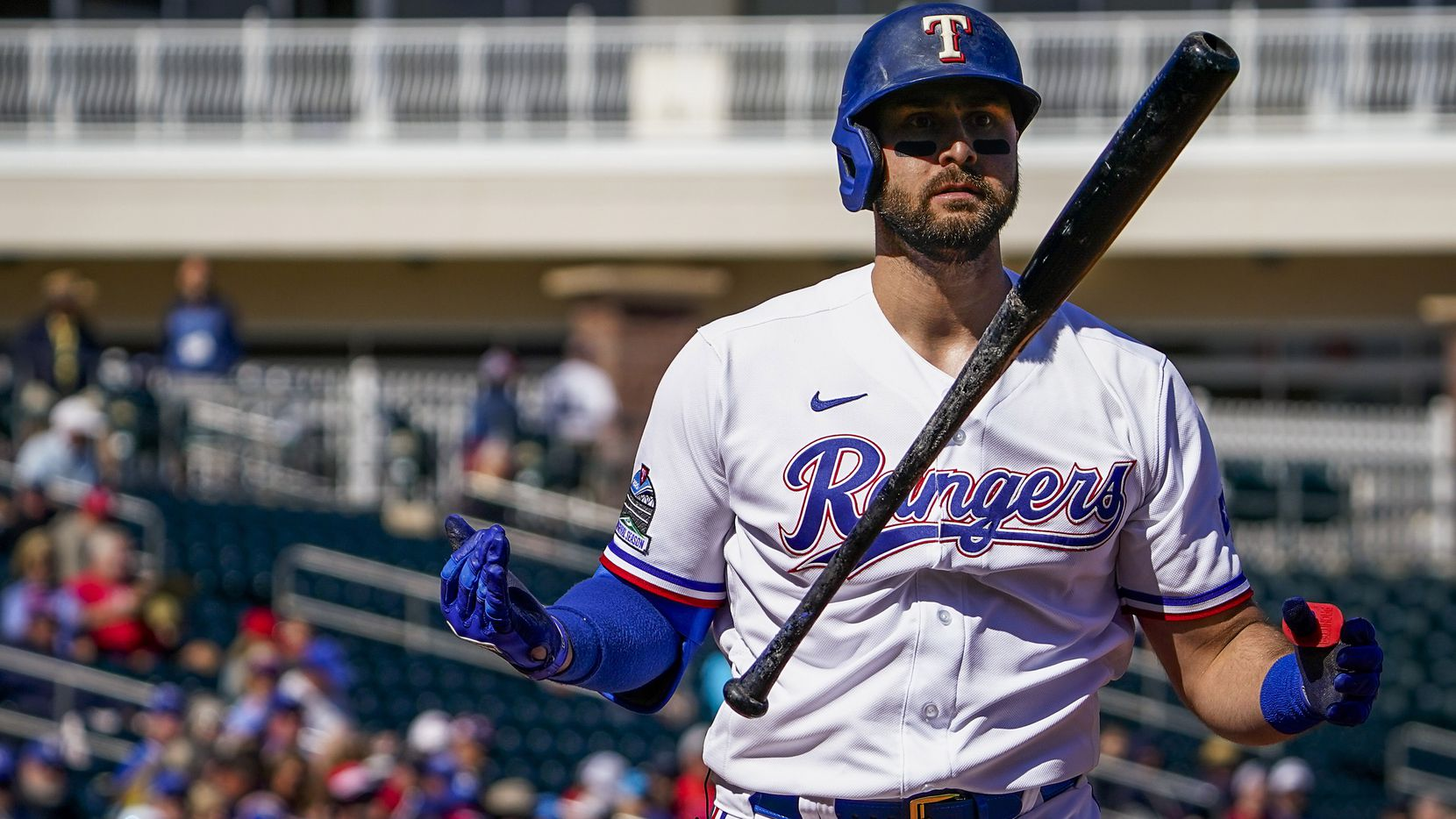 Rangers OF Joey Gallo tests positive for COVID-19