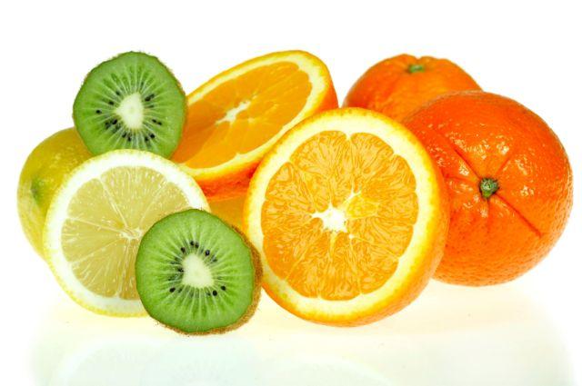 Se recomienda comer antioxidantes en frutas y verduras y pastillas de multivitaminas./iSTOCK