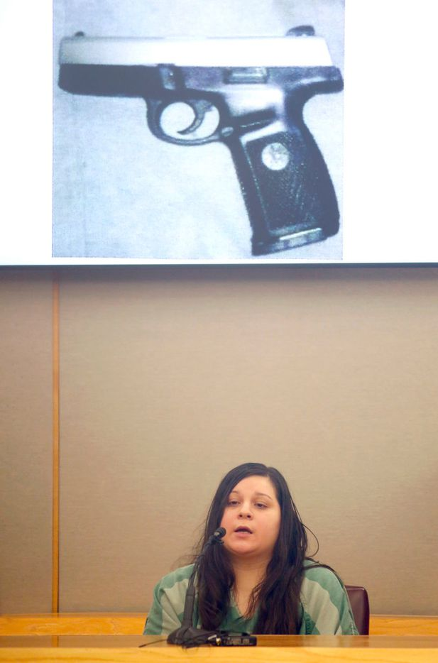 Crystal Cortes testifies about the 2015 slaying of pediatric dentist Kendra Hatcher. The murder weapon was found in Kristopher Love's car, the suspected triggerman who's on trial this week. (Vernon Bryant/The Dallas Morning News)