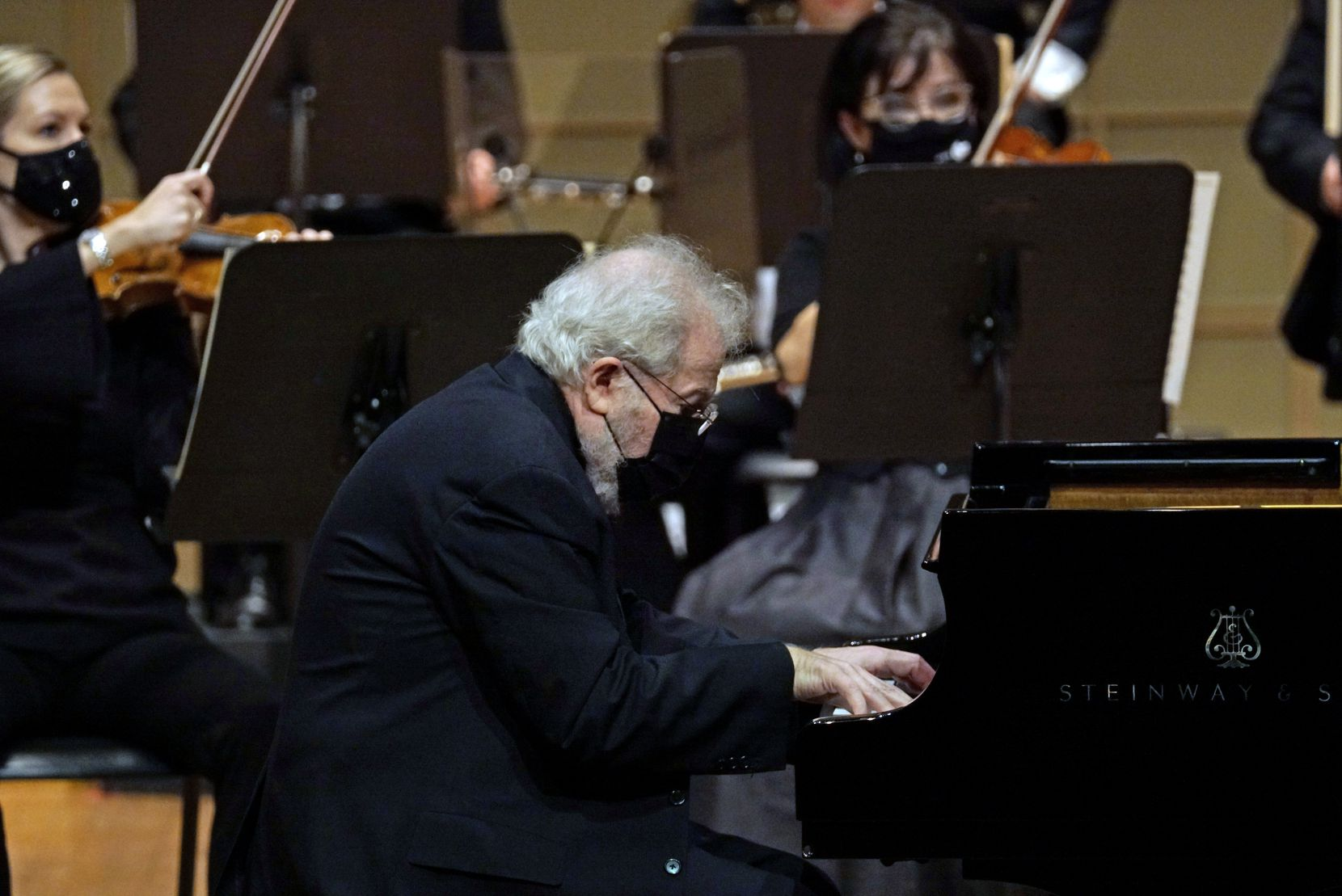 Pianist Emanuel Ax performs with the Dallas Symphony Orchestra at the Meyerson Symphony Center in Dallas on Dec. 17.
