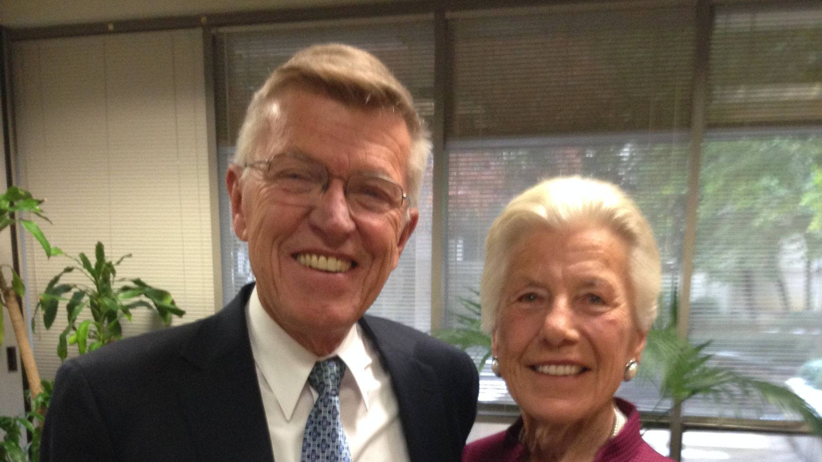 Bob and Jan Crandall on Dec. 9, 2013, the day thatAmerican Airlines and US Airways merged. (Terry Maxon/DMN)
