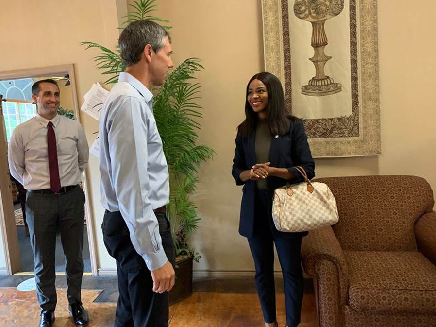 DeSoto City Manager Brandon Wright (Left) and DeSoto Mayor Rachel L. Proctor (Right) welcomed former Congressman Beto O'Rourke at Hickory Manor and thanked him for arranging a $25,000 grant to offset emergency housing costs for the residents at Hickory Manor who were displaced during February's winter storm.