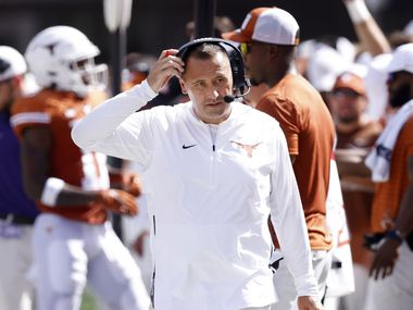Texas Longhorns head coach Steve Sarkisian paces the sidelines during a first half timeout against the Louisiana-Lafayette Ragin Cajuns at DKR-Texas Memorial Stadium in Austin, Saturday, September 4, 2021.