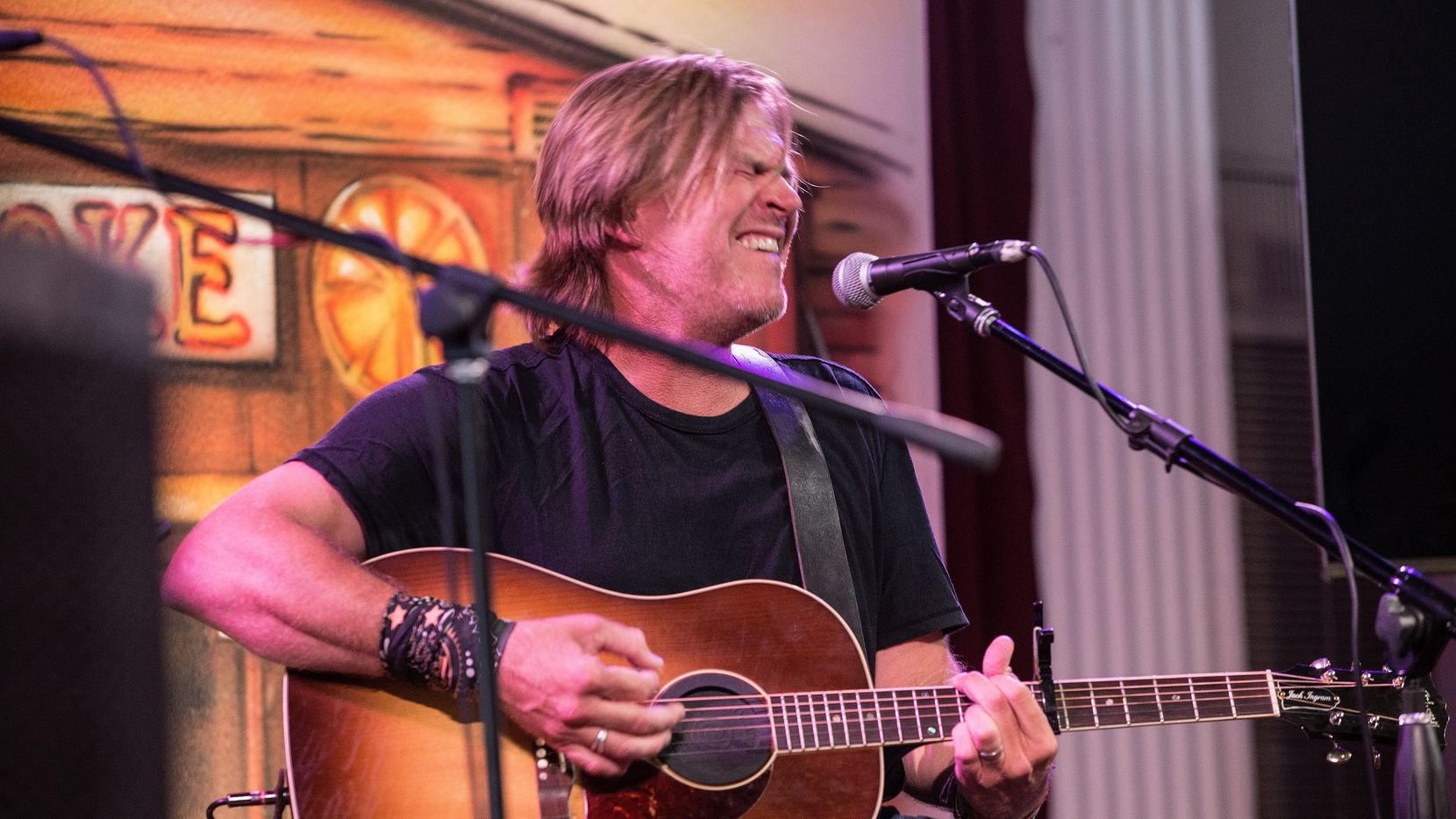 Jack Ingram performs during the Sundance Selects Presents Ethan Hawke's 'Blaze' at Rockefellers on August 12, 2018 in Houston. Ingram is one of the performers on the bill for an upcoming virtual concert at Billy Bob's Texas.