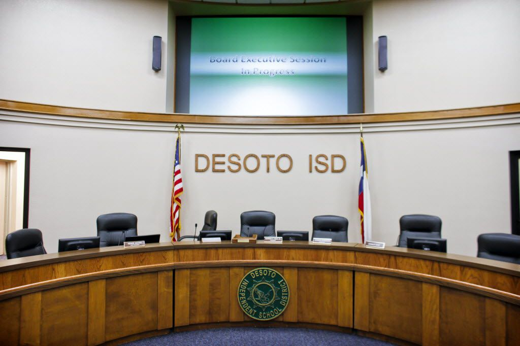 The DeSoto ISD board room sits vacant as trustees have a closed session in another room at the Dalton L. James Administration Board Room in DeSoto, Texas, on Monday, July 25, 2011. The meeting's primary discussion concerned the employment status of DeSoto ISD's new superintendent, Kathy Augustine, who was mentioned in a report detailing a yearlong state of Georgia investigation indicating she served as second-in-command in Atlanta schools during pervasive cheating. (Joel Prince/The Dallas Morning News) 09022011xMETRO 09182011xPOINTS