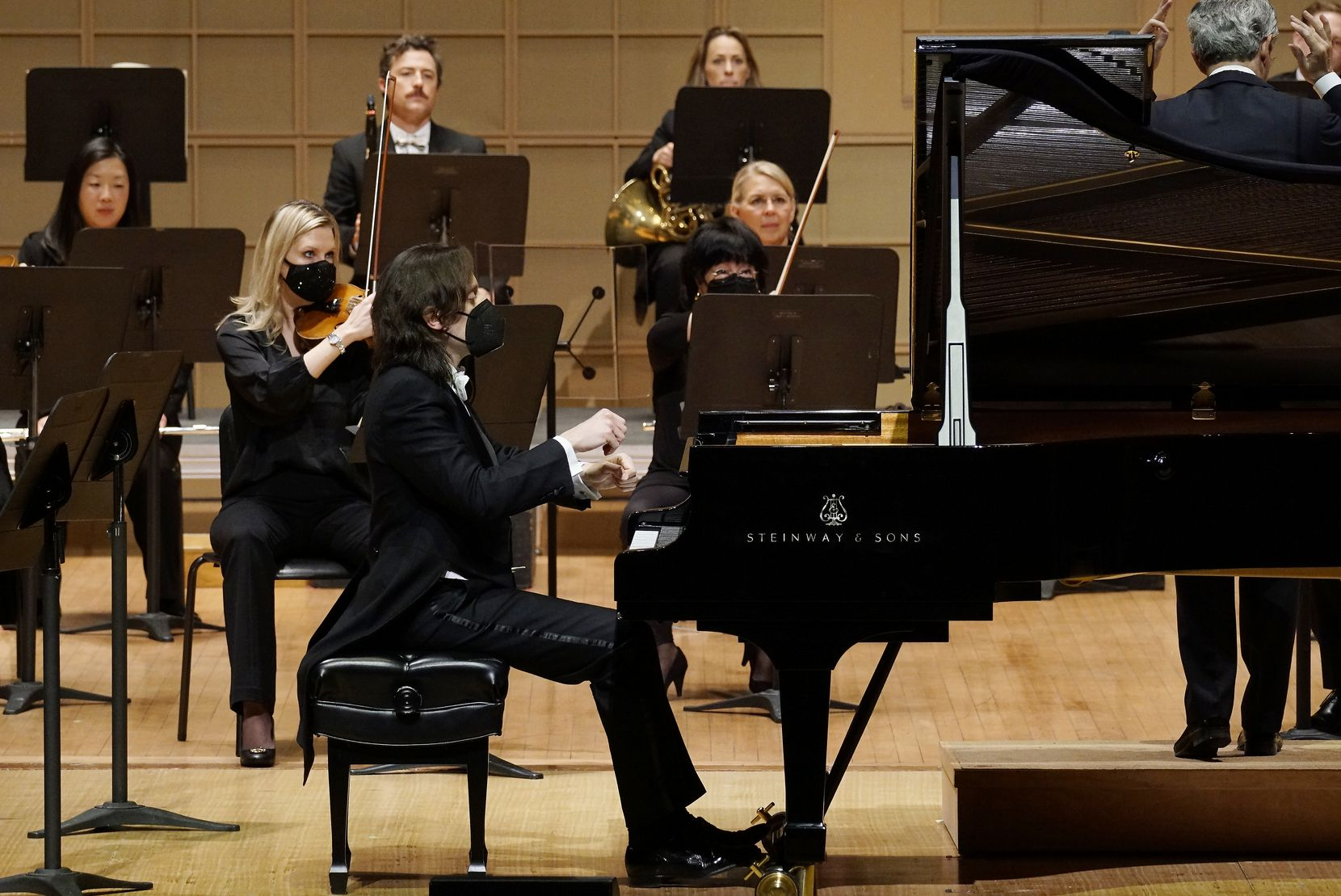 Pianist Alessandro Taverna performs with the DSO at the Meyerson Symphony Center on Jan. 28.