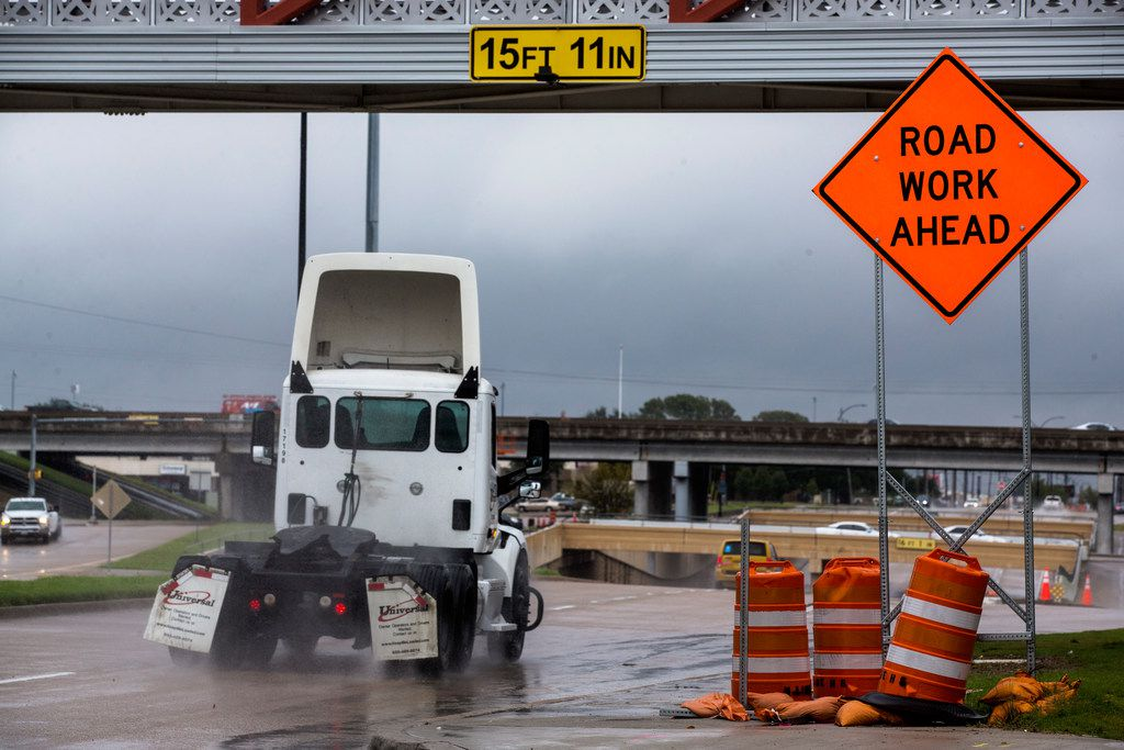 A truck drives east on Abram Street as it approaches State Highway 360 in Arlington. Both directions of Abram Street at State Highway 360 will be closed from 7 p.m. Friday until 6 a.m. Monday for bridge removal work.