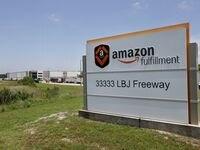 Amazon busca contratar miles de empleos e incluso ofrece bonos para puestos temporales.