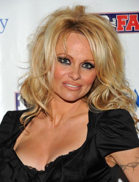 Pamela Anderson cuando visitó Dallas para el Super Bowl en febrero de 2011.