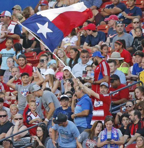 FC Dallas presentó este jueves a su nuevo equipo de futbol profesional que competirá en la USL League One. (Louis DeLuca/The Dallas Morning News)