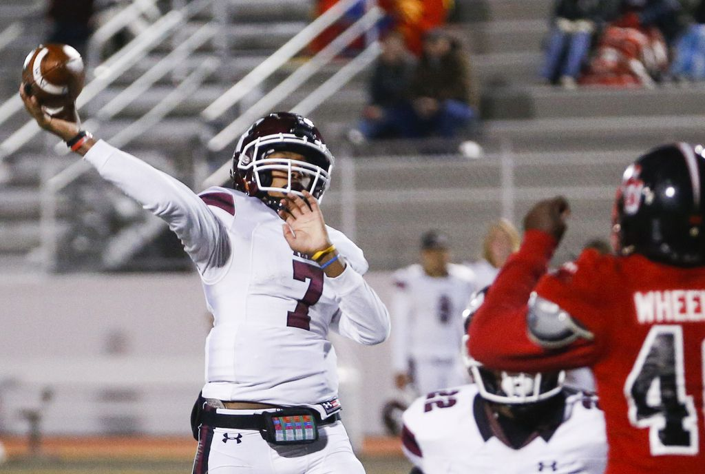 Wylie quarterback Marcus McElroy (7) fires off a pass during a high school football game between North Garland and Wylie at Williams Stadium on Thursday, Oct. 31, 2019 in Garland, Texas. (Ryan Michalesko/The Dallas Morning News)