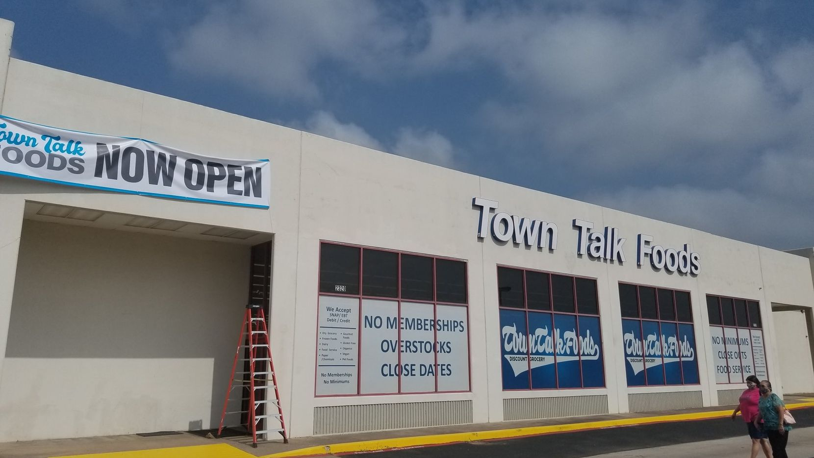 Town Talk Foods-Arlington welcomes shoppers on July 2 in Arlington, Texas. The store opened in Arlington on June 29.