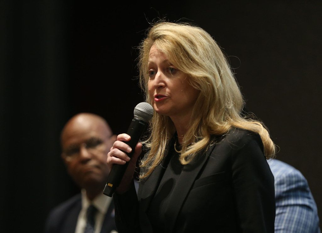 Dallas mayoral candidate Lynn McBee speaks during the Downtown Residents Council mayoral forum at The Dallas Morning News on Thursday, April 11, 2019. (Rose Baca/Staff Photographer)