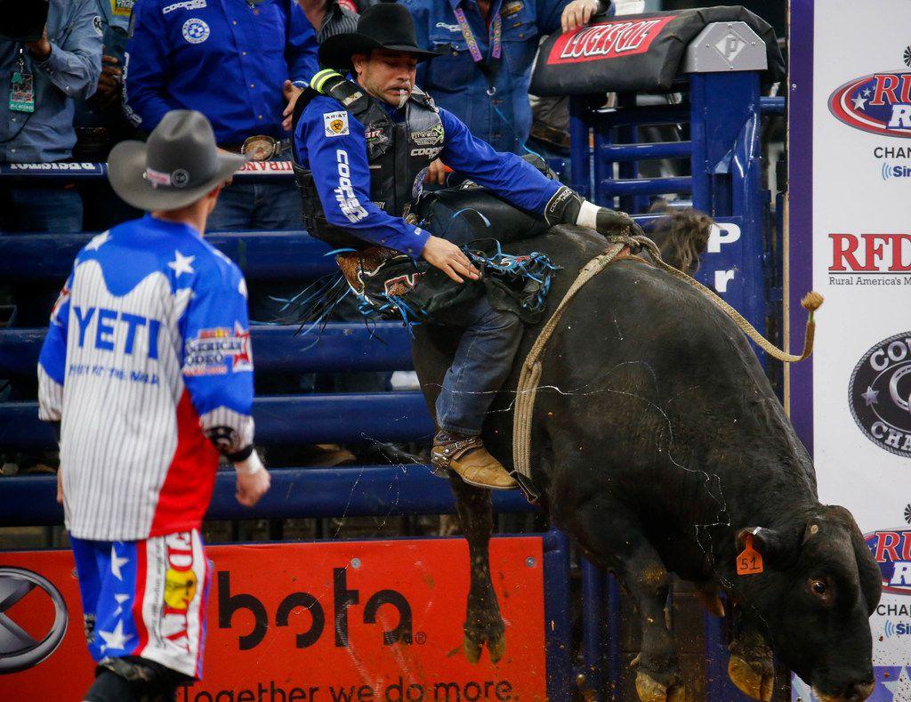 Los más experimentados jinetes de toros estarán en el evento que se efectuará en Fort Worth el 29 y 30 de agosto.