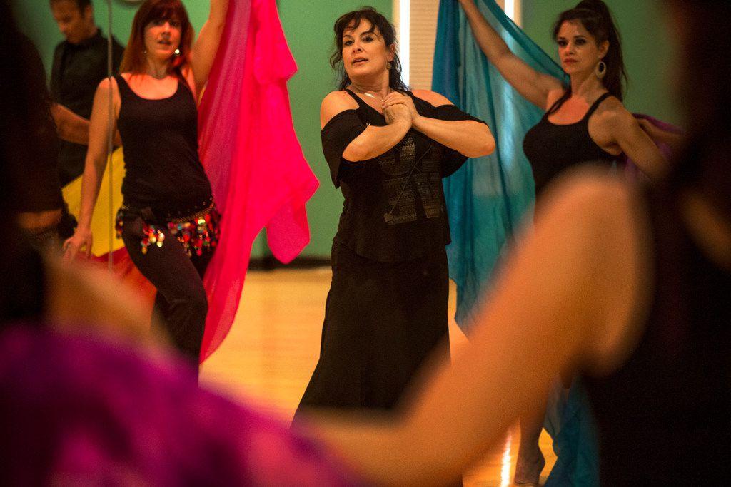 Julia Alcántara rehearses for the August fusion show of her Ida y Vuelta Flamenco.