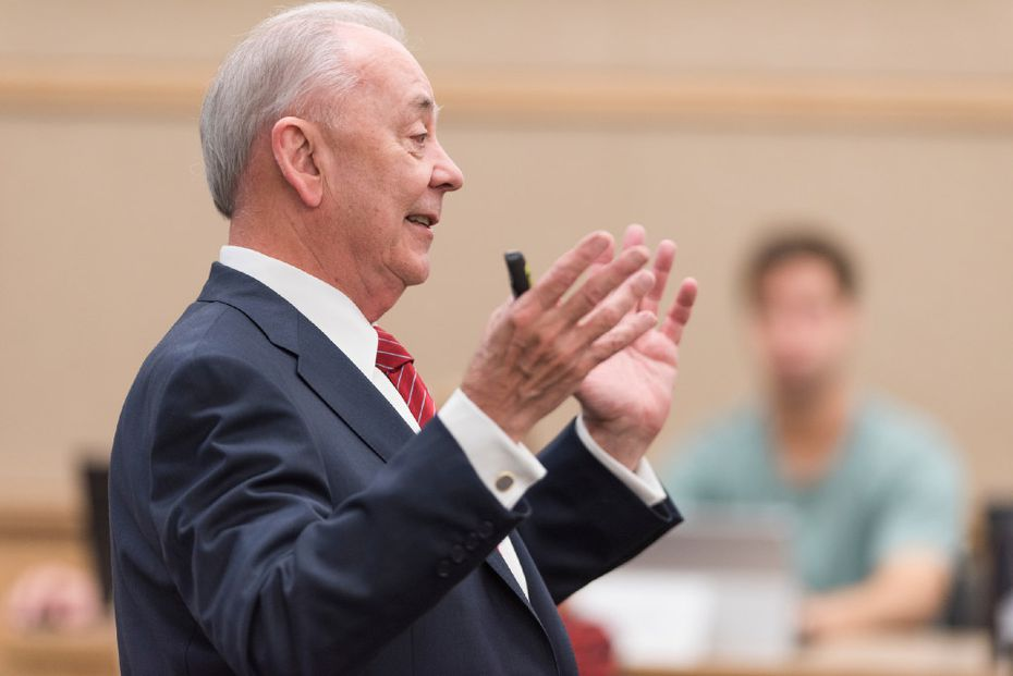 Al Niemi teaches an MBA class at the The James M. Collins Executive Education Center on the SMU campus.