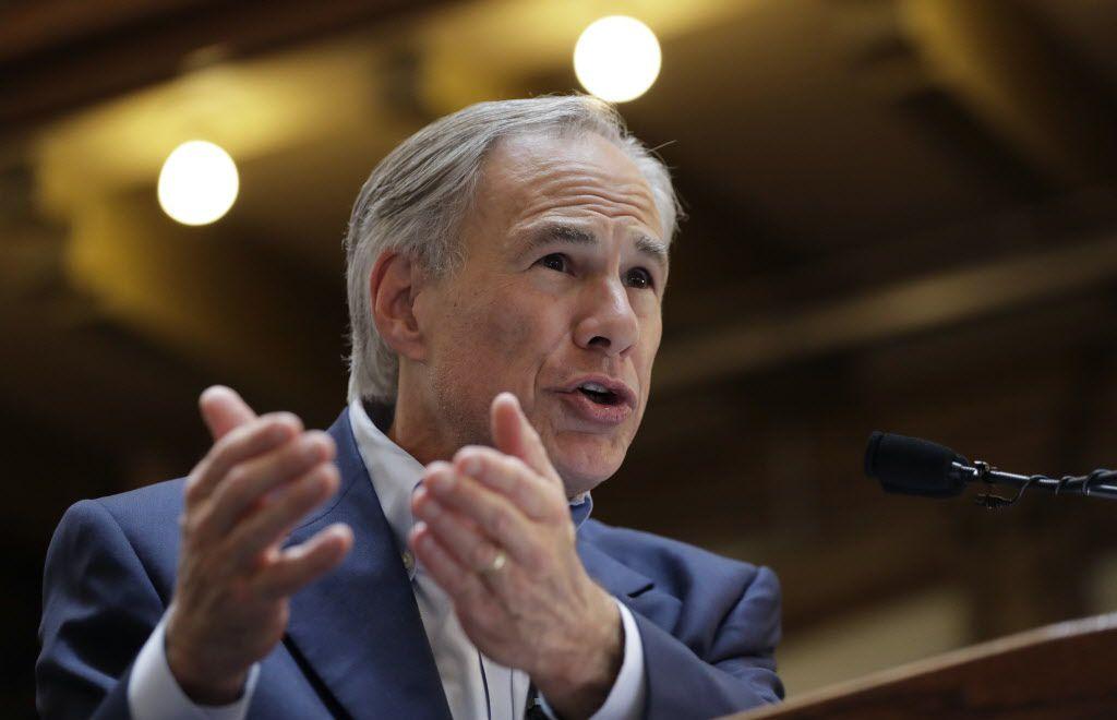 """Gregg Abbott. El gobernador culpa a Joe Strauss, presidente de la cámara de diputados de Texas, por no pasar la """"Ley de baños"""". Foto AP"""