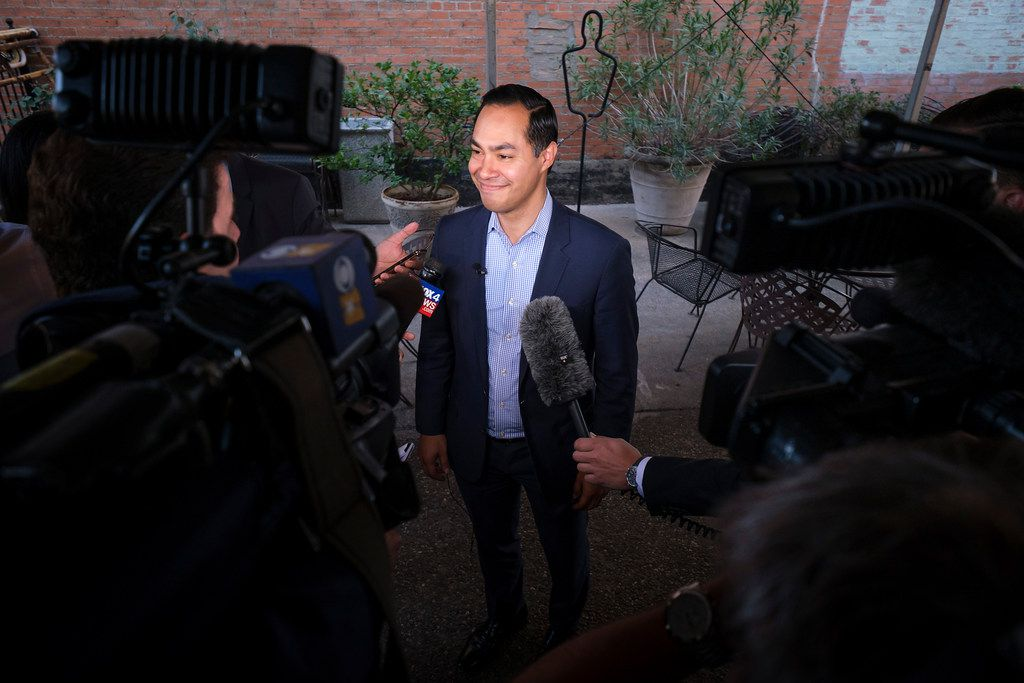Presidential candidate Julian Castro addresses reporters before a campaign event at St. Pete's Dancing Marlin in Deep Ellum on Tuesday, March 19, 2019, in Dallas. The former San Antonio Mayor met with Democrats  in Dallas on Tuesday after campaigning for the Democratic Party nomination in New Hampshire on Monday.