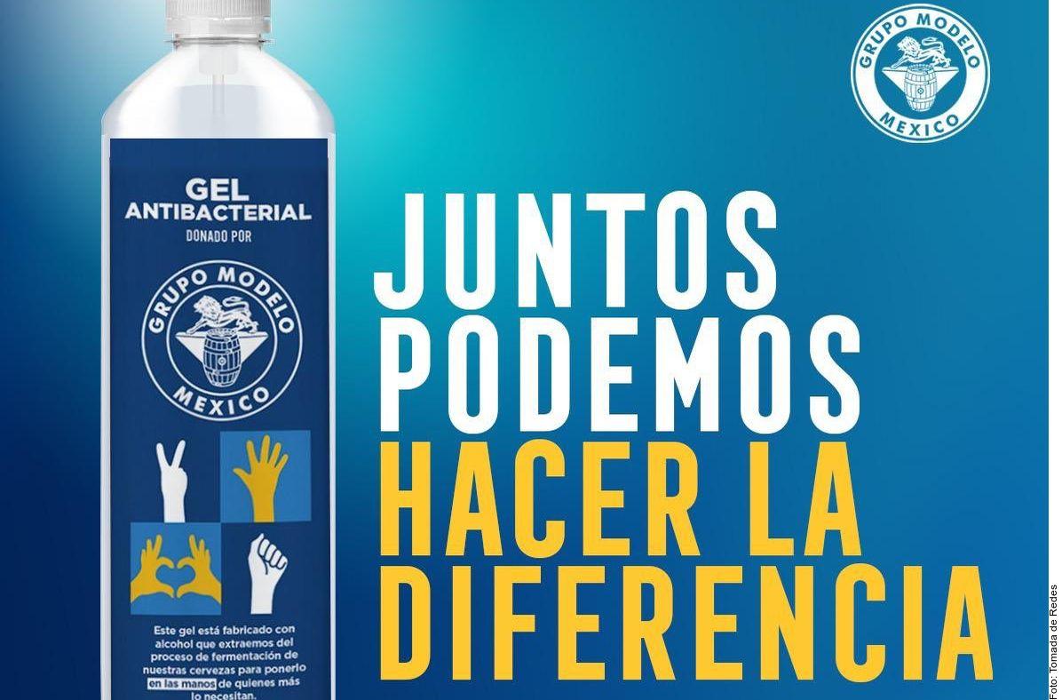Las botellas de gel antibacterial se elaboran con el alcohol que Grupo Modelo retira de su cerveza Corona Cero.
