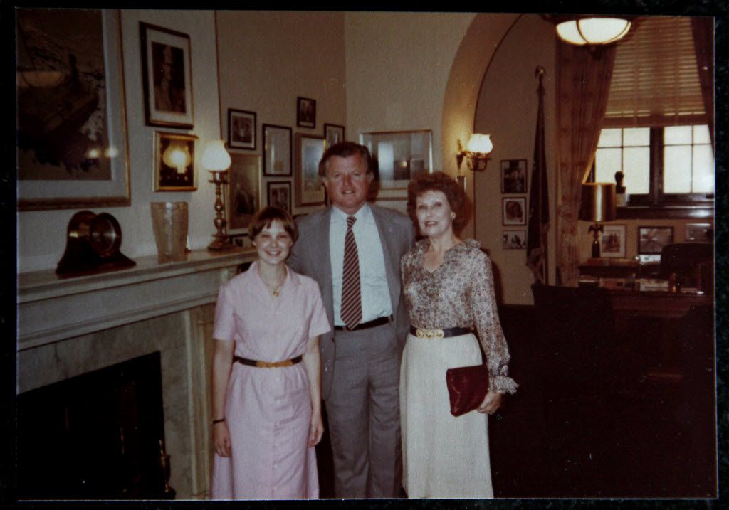 Nancy Cheney (right) was photographed with her daughter, Allison Cheney, and Sen. Ted Kennedy in Kennedy's Washington office in the mid-1980s.