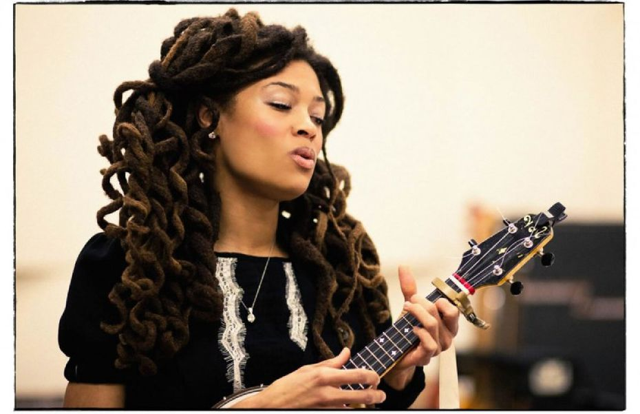 Valerie June is a roots singer -- or, an Americana one, depending on who you ask -- who recently performed in Dallas.