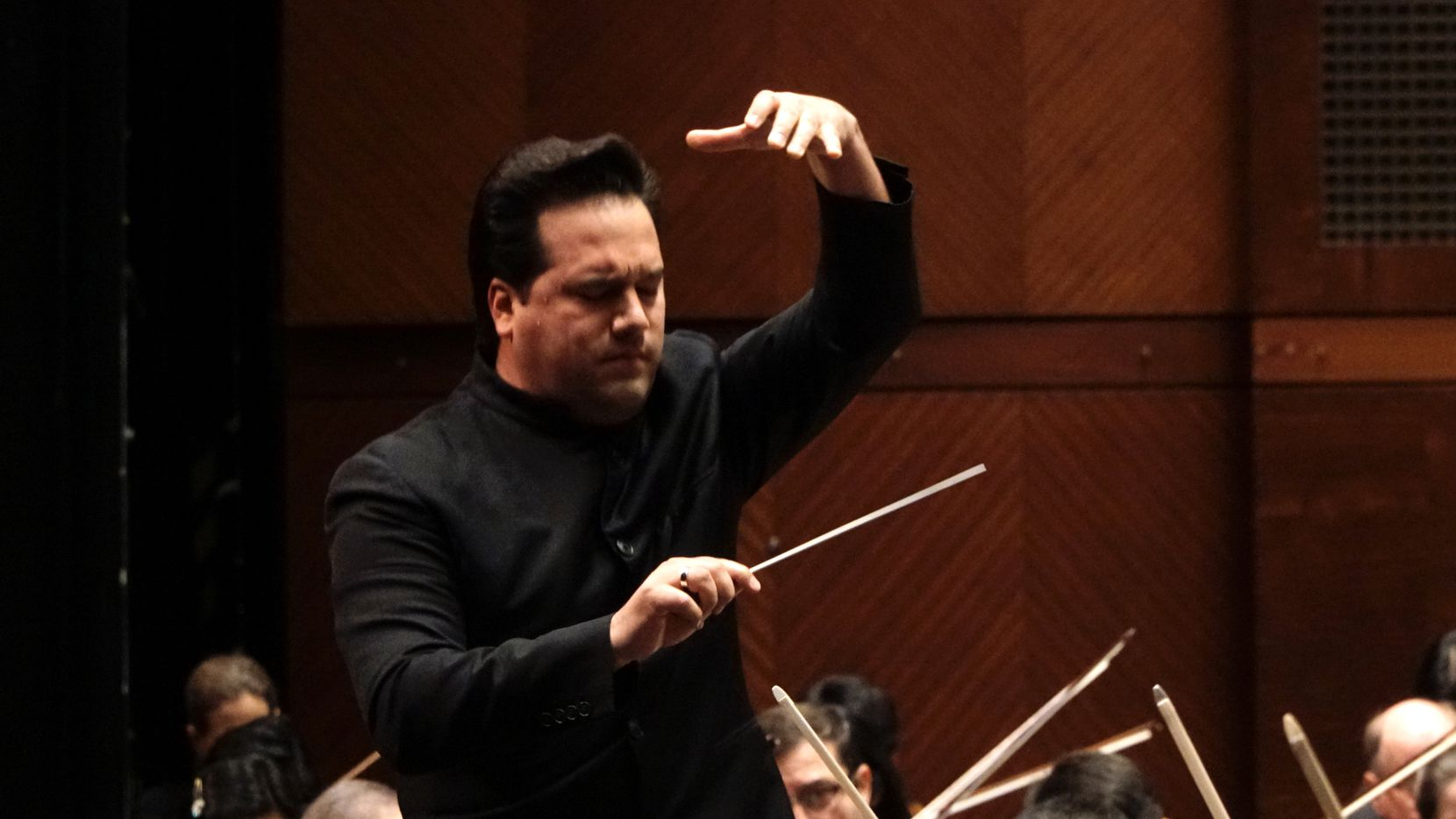 Guest Conductor Robert Trevino leads the Fort Worth Symphony Orchestra at Bass Performance Hall in Fort Worth, TX on Friday, February 28, 2020.
