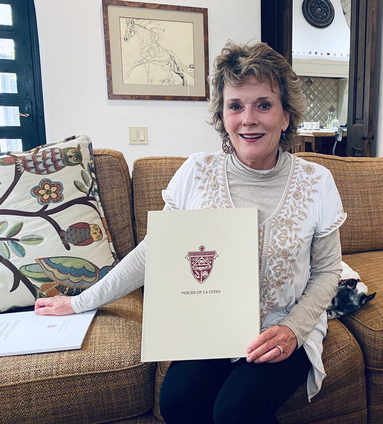 Adair Margo, autora del libro Voices of La Lydia, the History of La Lydia Patterson Institute.