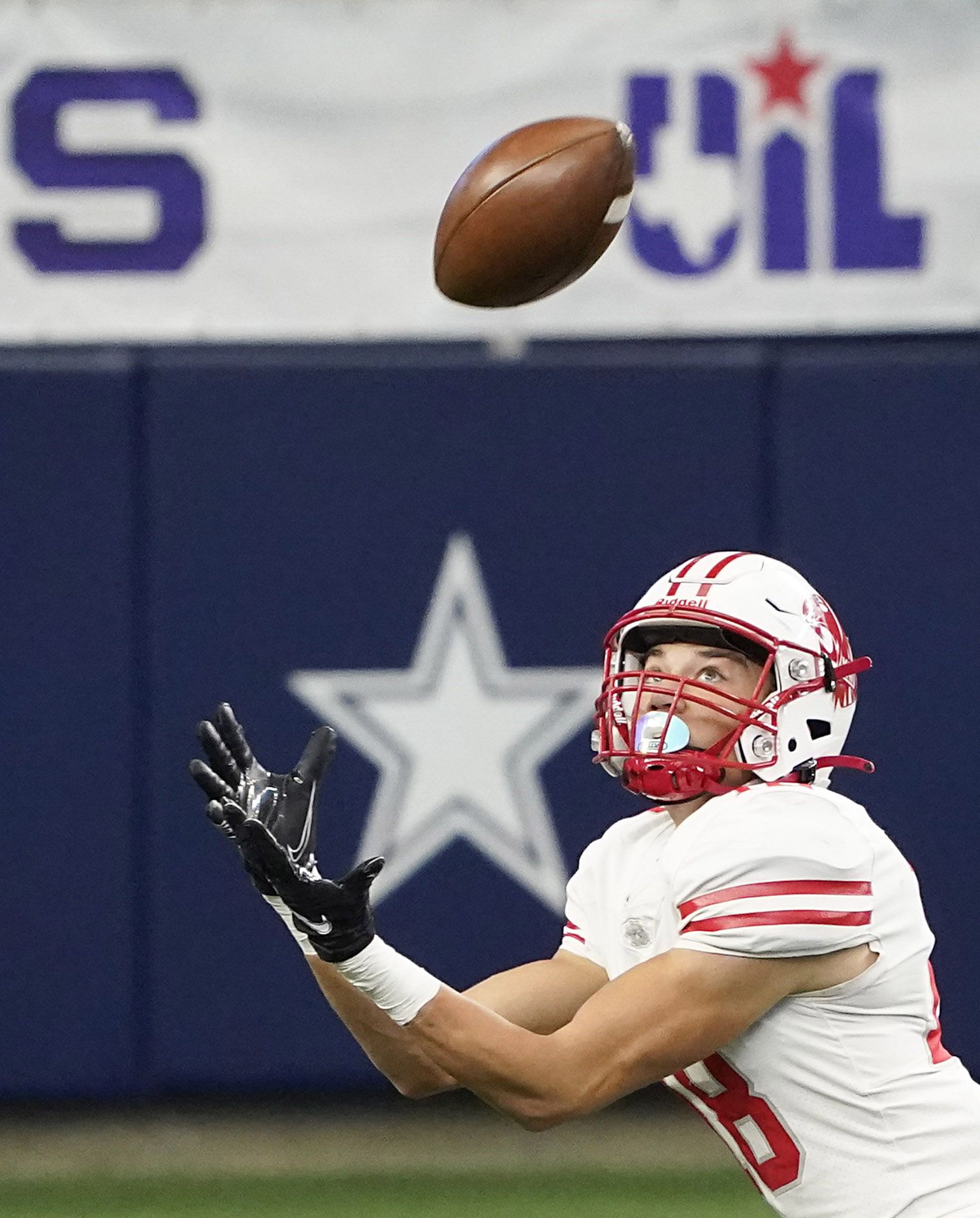 Katy wide receiver Taylor Saulsberry hauls in a  37-yard touchdown pass during the first half of the Class 6A Division II state football championship game against Cedar Hill at AT&T Stadium on Saturday, Jan. 16, 2021, in Arlington, Texas.