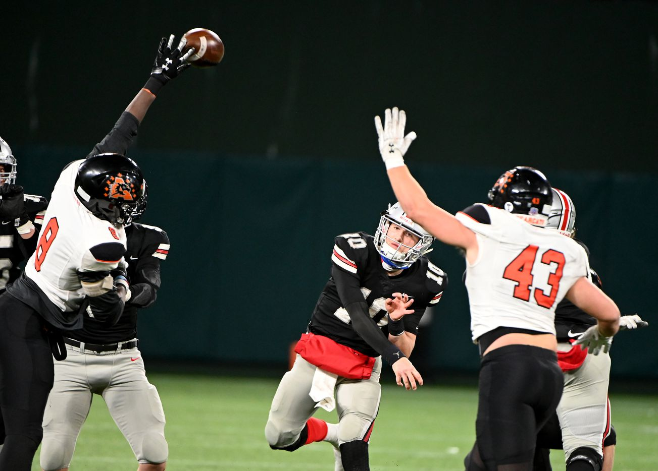 Lovejoy RW Rucker (10) has his pass deflected by Aledo's Chris Wright (8) in the second half of the Class 5A Division II Region II final high school football game between Aledo and Lovejoy, Friday, Jan. 1, 2021, in Arlington, Texas. Aledo won 52-48. (Matt Strasen/Special Contributor)