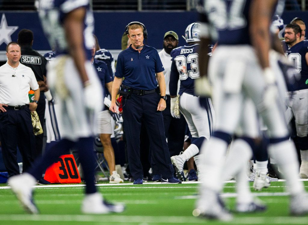 Dallas Cowboys head coach Jason Garrett watches from the sideline during the third quarter of an NFL game between the Dallas Cowboys and the Tennessee Titans on Monday, November 5, 2018 at AT&T Stadium in Arlington, Texas. (Ashley Landis/The Dallas Morning News)