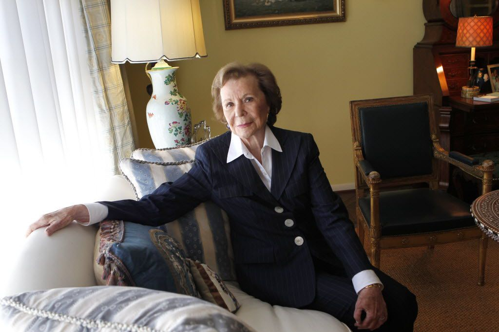 Ruth Sharp Altshuler talks about her early involvement with the United Way at her home in Dallas on March 18, 2014.