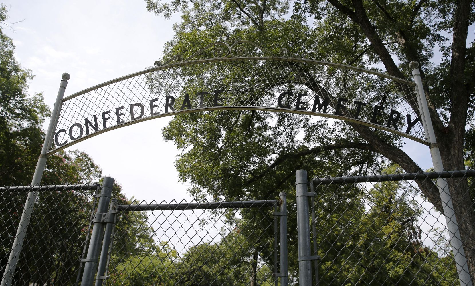 """""""I'm not for messing with the dead,"""" cemetery neighbor Shirley Rhodes said. """"What they did, they cannot do anymore. Leave them alone."""""""