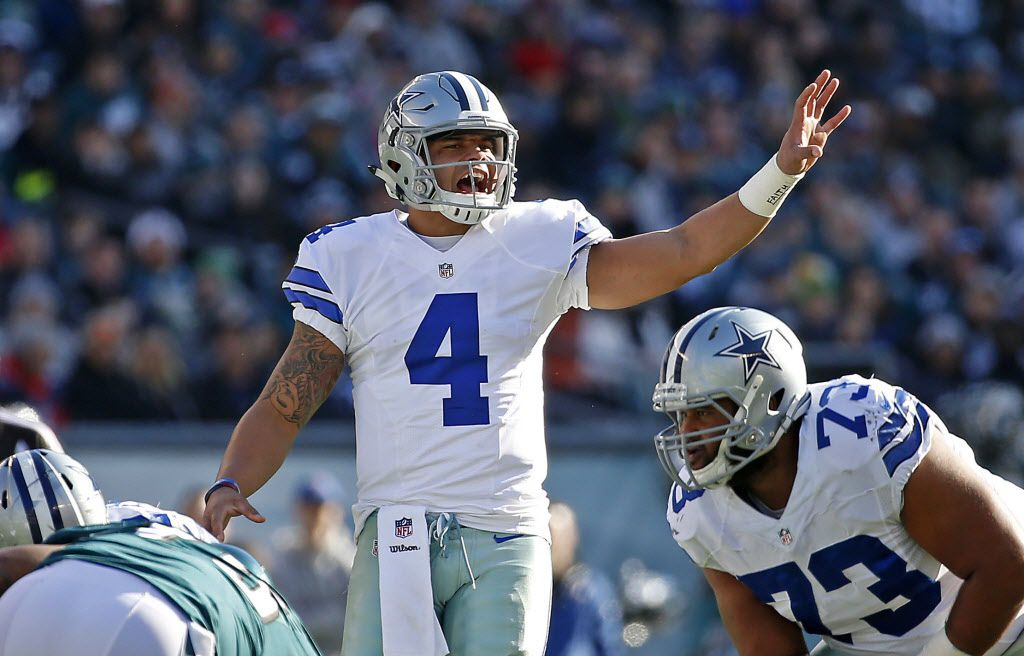 Dallas Cowboys quarterback Dak Prescott (4) yells at the line of a scrimmage against Philadelphia Eagles during the first quarter at Lincoln Financial Field in Philadelphia, Sunday, Jan. 1, 2017. (Jae S. Lee/The Dallas Morning News)