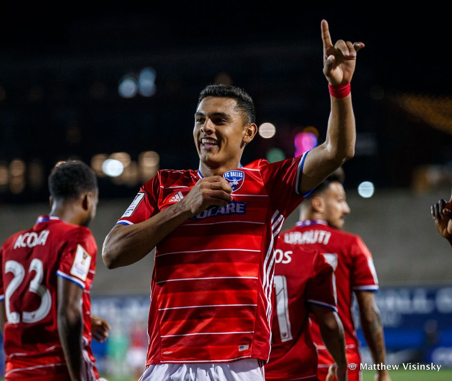 FRISCO, TX - FEBRUARY 23: FC Dallas forward Cristian Colman (#9) celebrates his first half goal during the CONCACAF Champions League Quarterfinal match between CD Arabe Unido and FC Dallas on February 23, 2017, at Toyota Stadium in Frisco, TX.  FC Dallas won the game 4-0.  (Photo by Matthew Visinsky/Icon Sportswire)