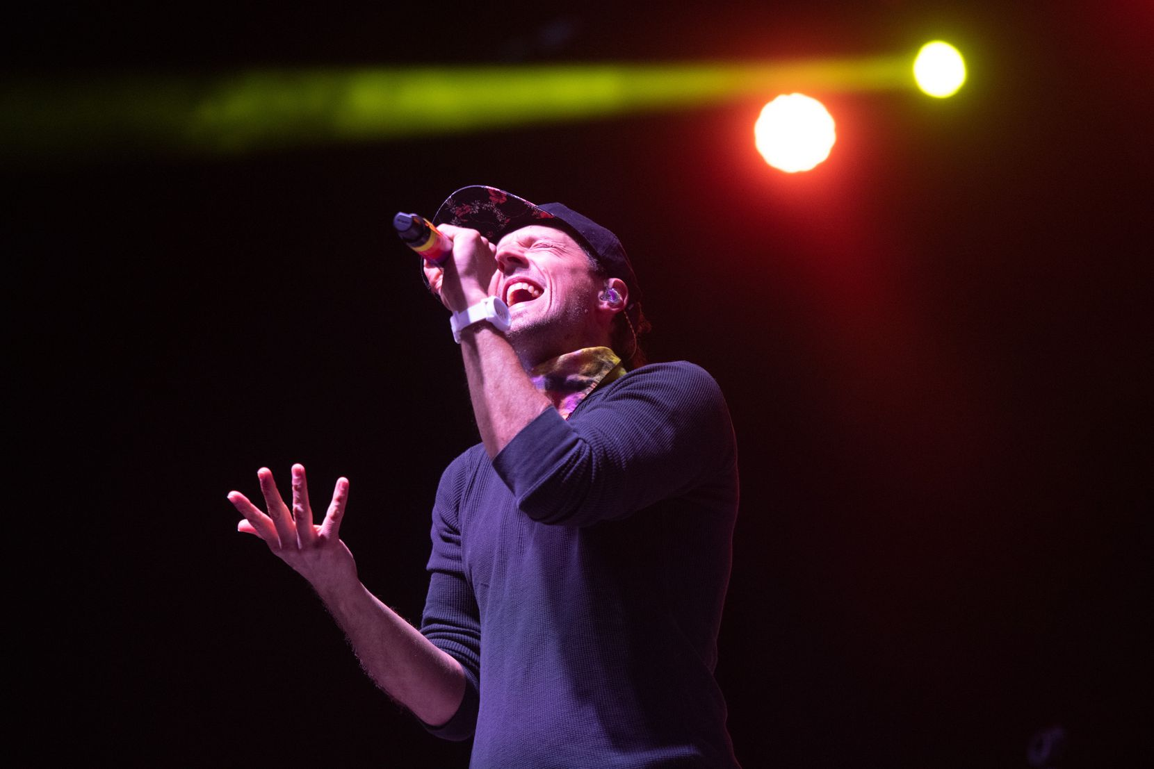 """Jason Mraz - ANAHEIM, CALIFORNIA - APRIL 23: Singer Jason Mraz performs onstage during a drive-through concert in support of his new album """"Seek the good"""" at Anaheim City National Grove on April 23, 2021 in Anaheim, California.  (Photo by Scott Dudelson / Getty Images)"""