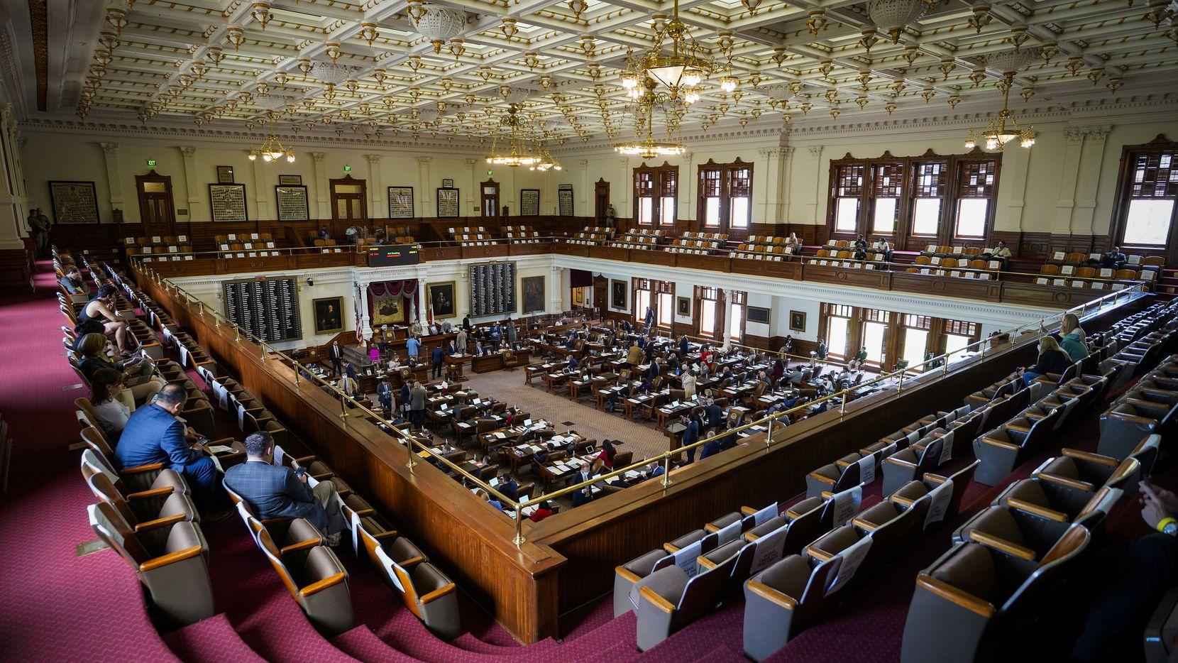 Finalizó la sesión legislativa en Austin y hay muchas nuevas leyes que pueden impactar su vida.